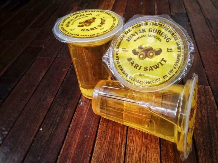 kemasan-minyak-goreng-sari-sawit-200-ml